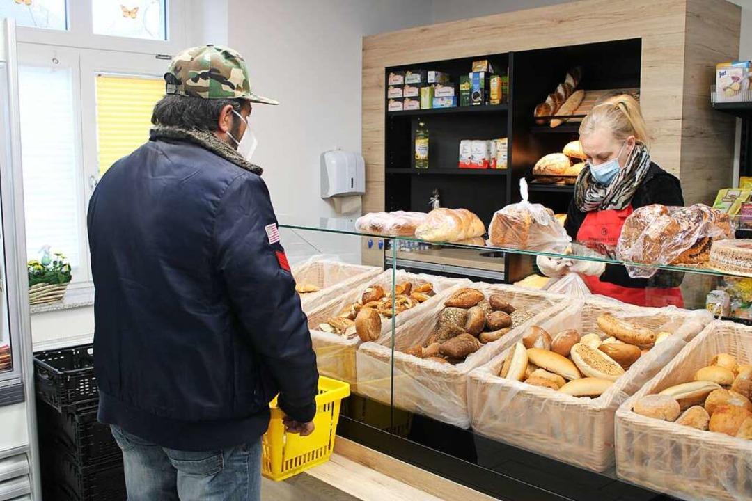Die Hilfsbereitschaft der Menschen am ...laden in Rheinfelden einkaufen können.  | Foto: Annika Sindlinger
