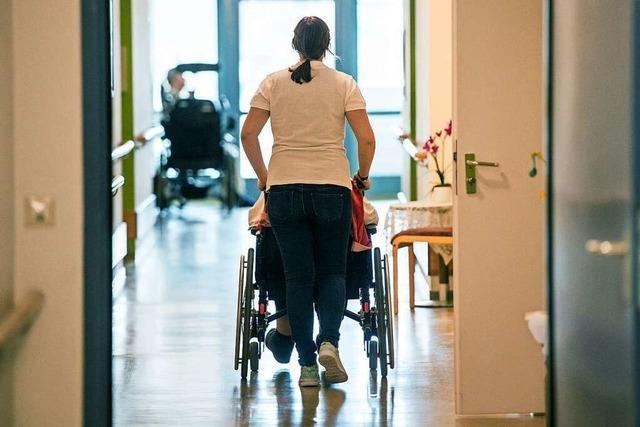 Warum wird so viel über die Pflege gesprochen?