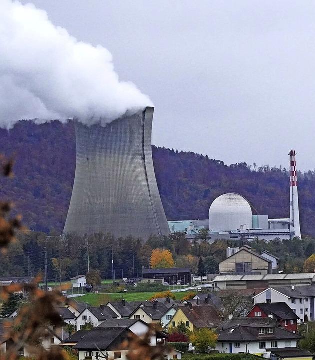 Mehr Strom  hat  das Schweizer Kernkra...hen ist das eidgenössische Dorf Full.   | Foto: Gerard, Roland