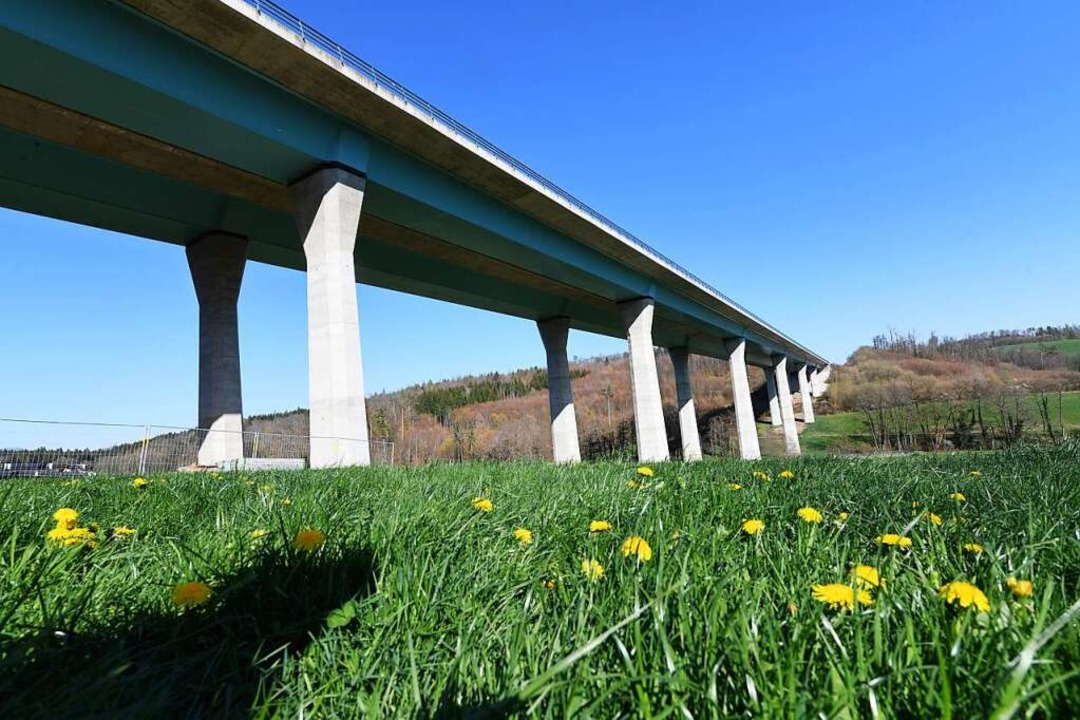 Die Dultenaugrabenbrücke  | Foto: Juri Junkov