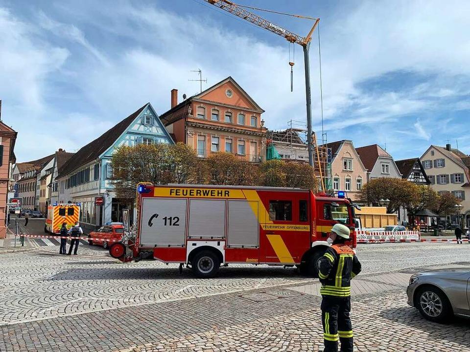 Rettungskräfte im Einsatz  | Foto: Helmut Seller