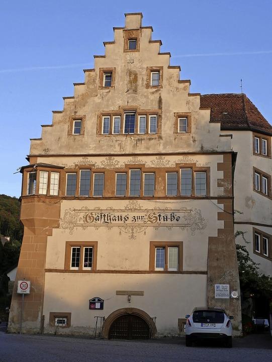 Im 400 Jahre alten Gasthaus Stube führt Zehner seit 1988 sein Restaurant.  | Foto: Jannik Jürgens