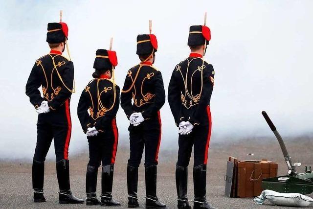 Die Trauer um Prinz Philip bestimmt den Tag in Großbritannien
