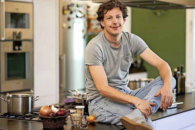 Kochen Sie ein Zwei-Gang-Spargel-Menü mit Ben Kindler!