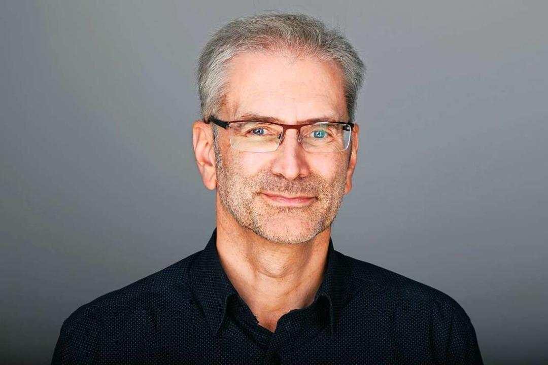 Thomas Jäger arbeitet seit 2000 in der...tem Kontakt mit Leserinnen und Lesern.  | Foto: Miroslav Dakov