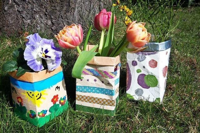 Upcycling: Von der Milchverpackung zur Blumenvase