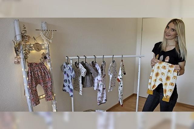 Kleider für Kleinkinder