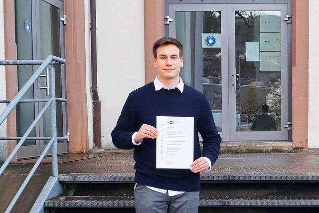 22-jähriger Elzacher hat Möbel für Burberry und Longchamp designt