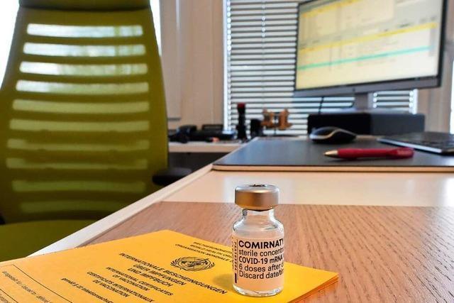 Das Impfen in den Hausarztpraxen bringt viel Kurioses hervor