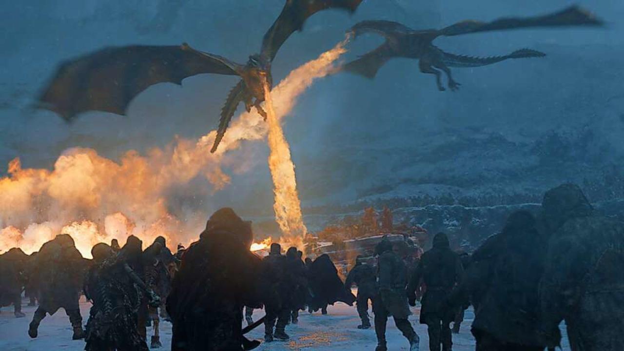 "Drachen am Himmel: Szene aus der Episo...r Serie ""Games of Thrones""  | Foto: Helen Sloan (dpa)"