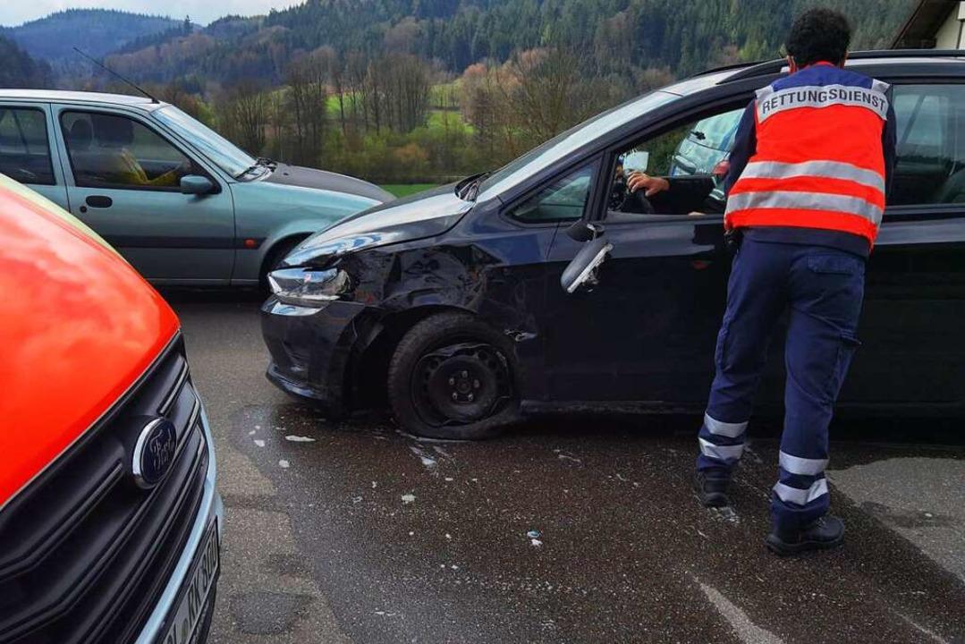 Der Rettungsdienst war an der Unfallstelle im Einsatz.  | Foto: privat