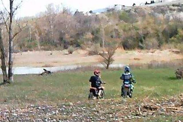In Efringen-Kirchen waren Motocrossfahrer im Naturschutzgebiet unterwegs