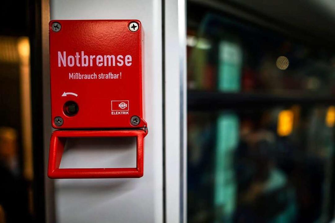 Die Bundes-Notbremse verdient ihren Na...tiert BZ-Chefredakteur Thomas Fricker.  | Foto: Stephan Franz Ferdinand Dinges (Adobe Stock)