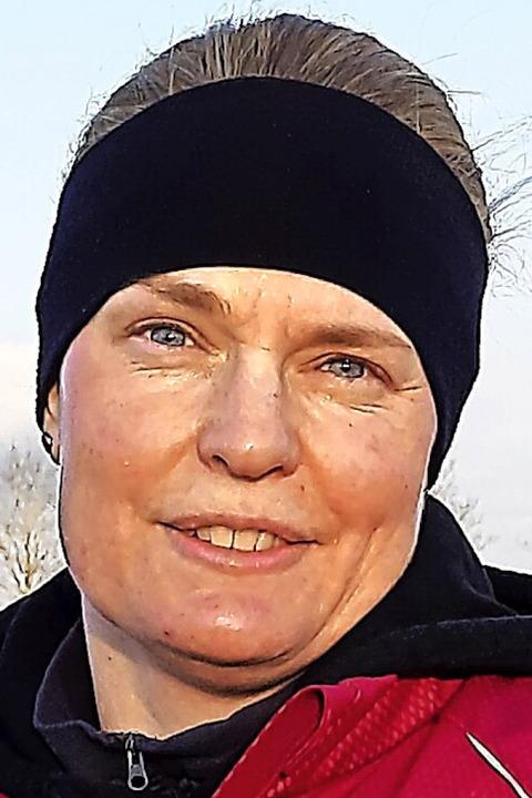 Ex-Siebenkämpferin Britta Bausch motiv...s Trainerin die TBL-Weitspringerinnen.  | Foto: Johannes Bachmann