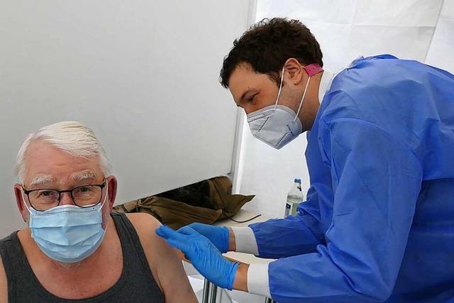 In dieser Woche werden Senioren in der Stadthalle Breisach geimpft