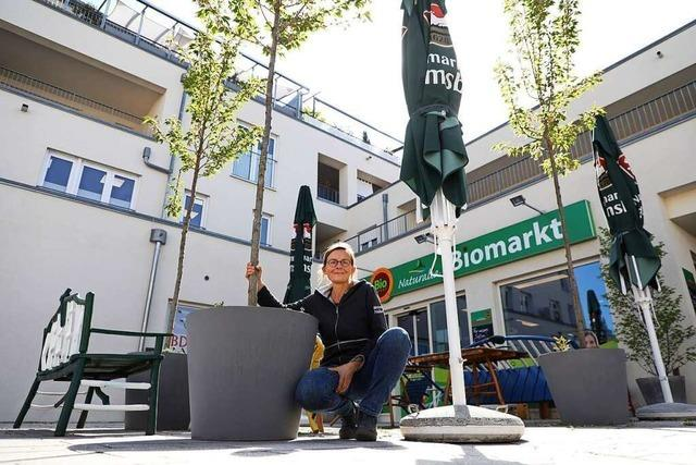 Bioladen-Betreiberin nimmt Begrünung der Friesenheimer Ortsmitte selbst in die Hand