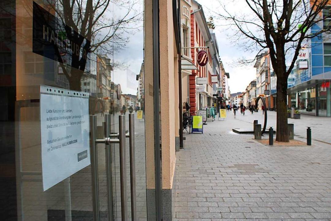 Einen Ansturm auf die Geschäfte in Lörrach gab es am Mittwochnachmittag nicht.    Foto: Annika Sindlinger