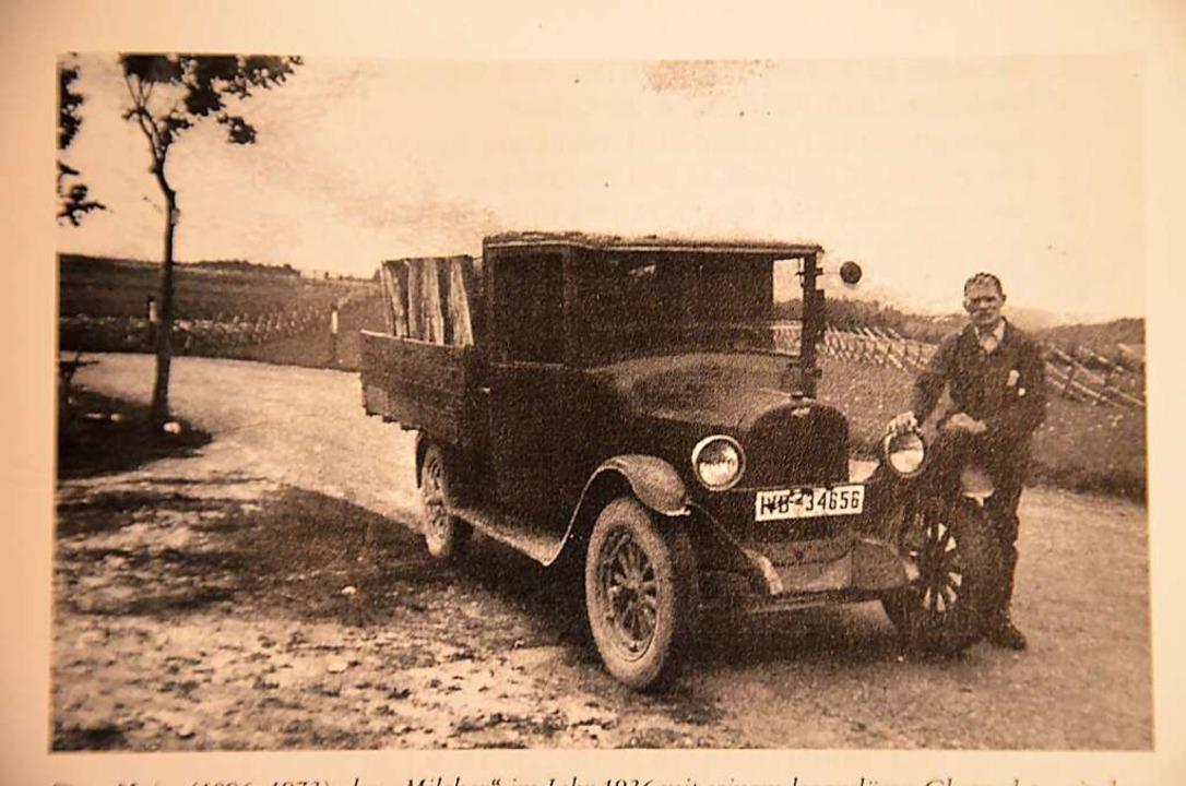 Otto Maier sen. mit seinem Chevrolet, ...uf der Ladefläche  sogar Kälble mit.      Foto: alexandra wehrle