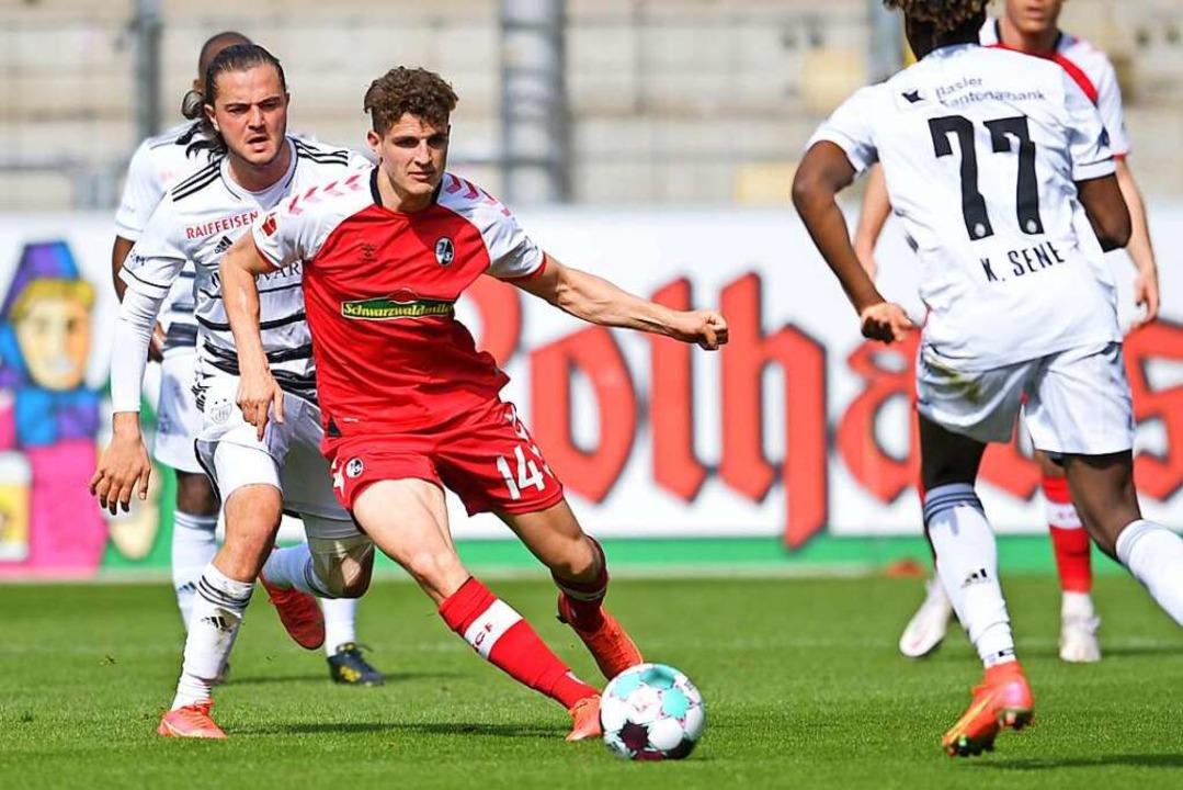 Guus Til traf im März für den SC im Testspiel gegen Basel.  | Foto: Achim Keller