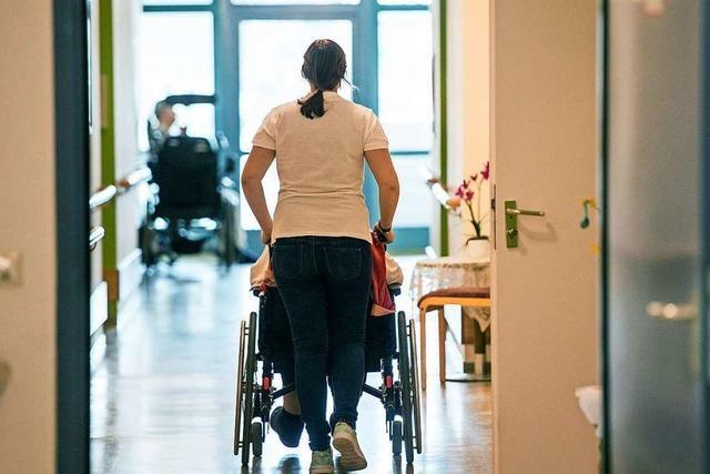 Pflegebündnis kritisiert Gesundheitsminister: