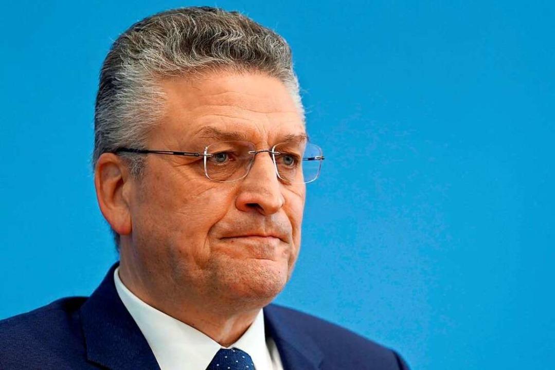 RKI-Chef Lothar Wieler stellte fest, d...onnte verstehen: Rette sich, wer kann.  | Foto: MICHAEL SOHN (AFP)