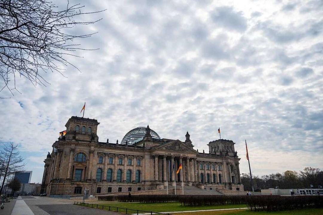 Das Reichstagsgebäude in Berlin ist der Sitz des Bundestags  | Foto: Christophe Gateau (dpa)