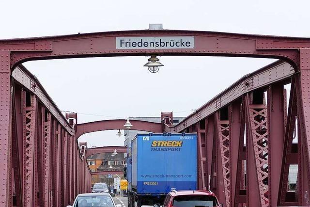 Friedensbrücke in Weil am Rhein wird zwei Tage voll gesperrt