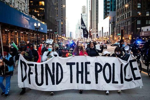 Entsetzen in Chicago nach Tötung eines 13-Jährigen durch einen Polizisten