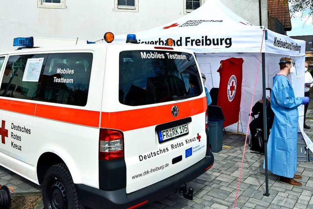 Das am Tuniberg gestartete DRK-Mobil ist nun auch in der Kernstadt im Einsatz.  | Foto: Michael Bamberger