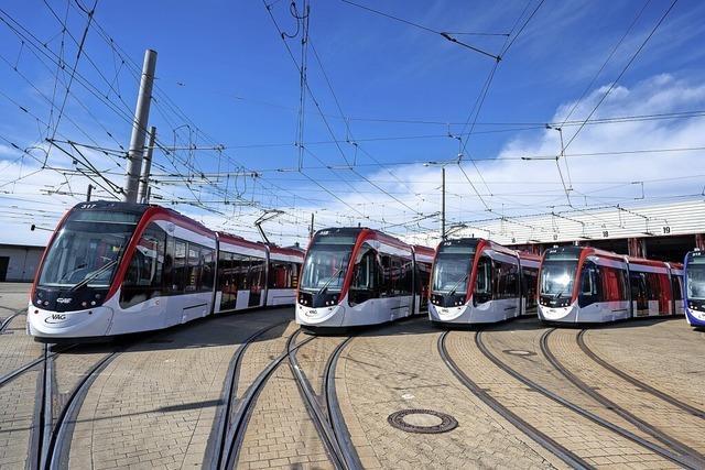 Fünf neue Stadtbahnen vom Typ Urbos sind in Freiburg startklar