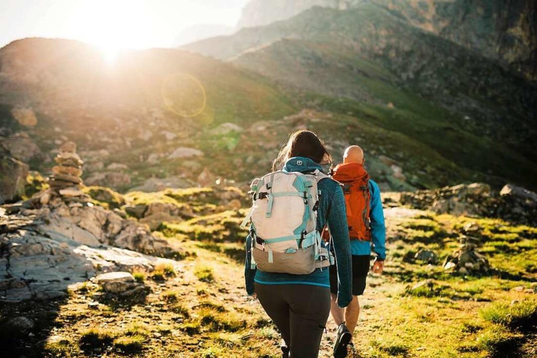 Auszeit in den Bergen: Wandern in der ... Tipps lässt sich ein bisschen sparen.  | Foto: Ivo Scholz (dpa)