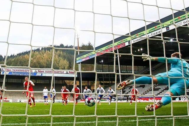 Freiburg erreicht beim 4:0 gegen Schalke die 40-Punkte-Marke