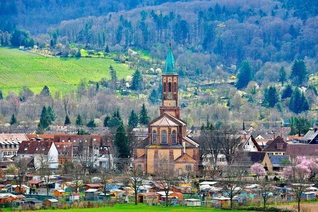 St. Georgens Georgskirche thront vor dem Schönberg
