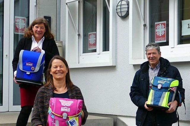50 Schulranzen für bedürftige Familien im Landkreis Lörrach
