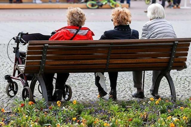 Pflegeheime und -dienste wollen wieder mehr Gruppenangebote ermöglichen