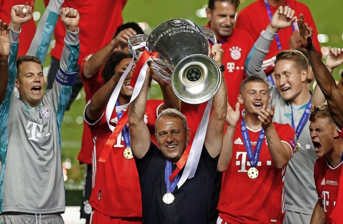 So strahlen wie nach dem Champions-Lea...mit Pokal) beim FC Bayern  nicht mehr.    Foto: Matthew Childs (dpa)