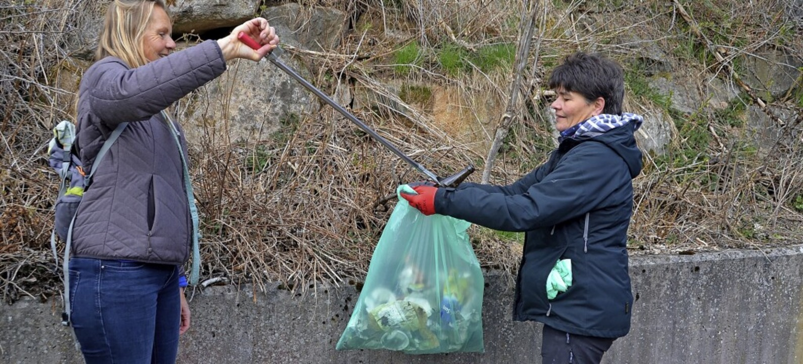 Die Müllsäcke füllen sich schnell, in ...ngenen Monaten wurde viel weggeworfen.  | Foto: Christiane Sahli