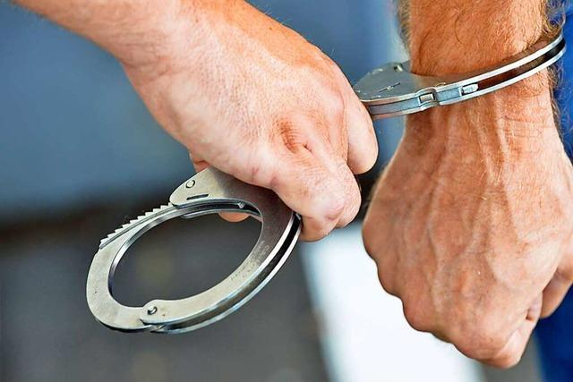 Bundespolizei schnappt Gesuchten im Bahnhof Bad Krozingen