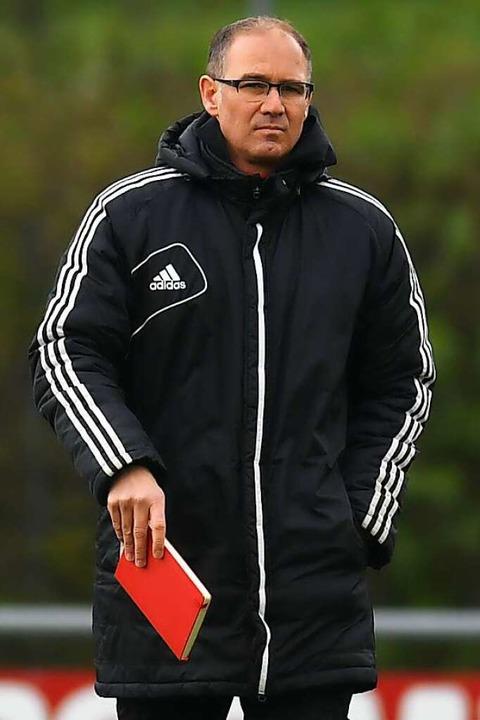 Die Trainerlegende des Dreisamtals ist...n  Landesligisten Rot-Weiß Stegen vor.  | Foto: Patrick Seeger