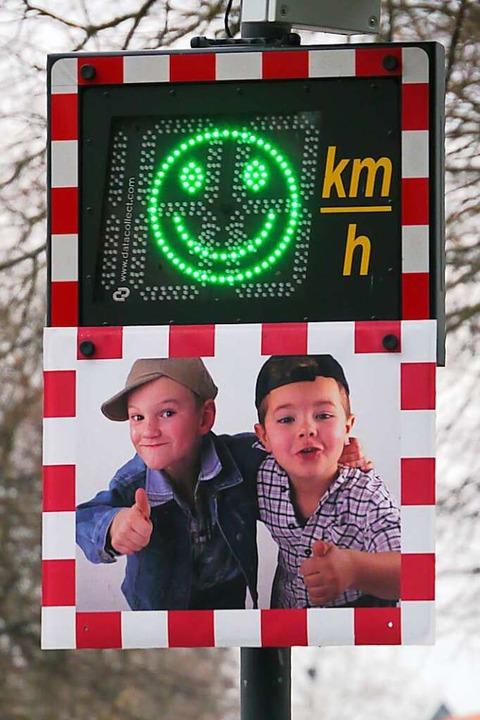 Langsame Autofahrer bekommen auch in Binzen einen Smiley (Symbolfoto).    Foto: Martin Wendel