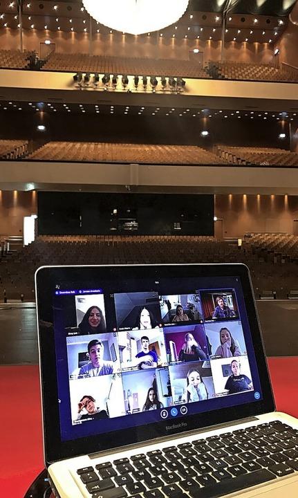 "Oper – radikal digital: Während ...r ""Diggin' Opera II""  | Foto: Festspielhaus Baden-Baden"