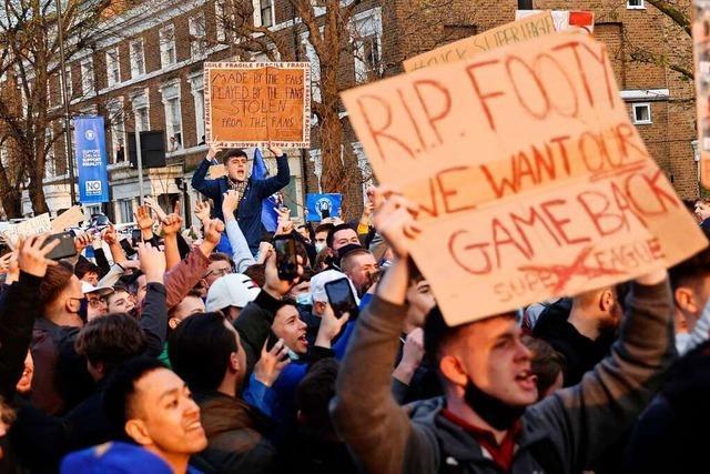 Massive Proteste in England – steht die Super League schon vor dem Kollaps?