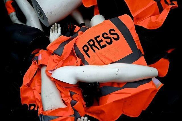 Oft wird das Faustrecht gegen Journalisten angewendet