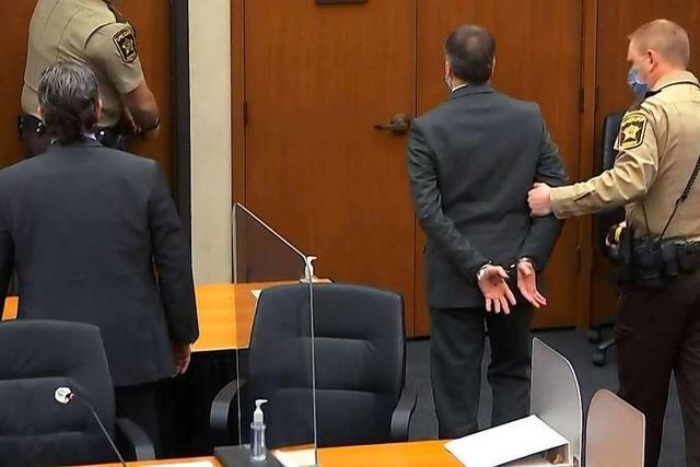 Ex-Polizist Chauvin in allen Anklagepunkten schuldig gesprochen