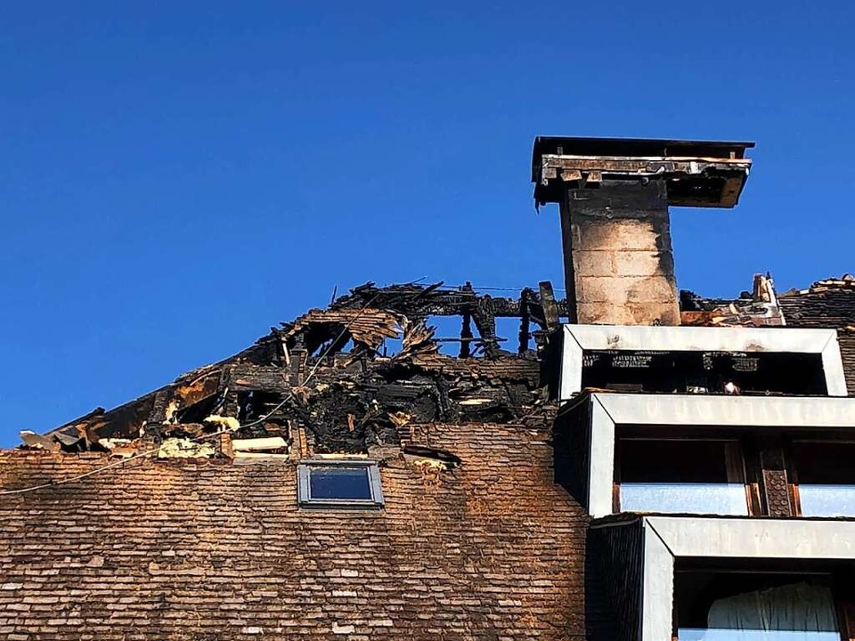 Der Dachstuhl nach dem Brand.    Foto: Tanja Bury