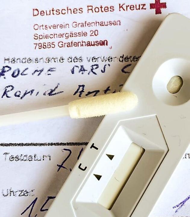 Der DRK-Ortsverein  testet in Grafenha...d etwa für Friseurbesuch unerlässlich.    Foto: Wilfried Dieckmann