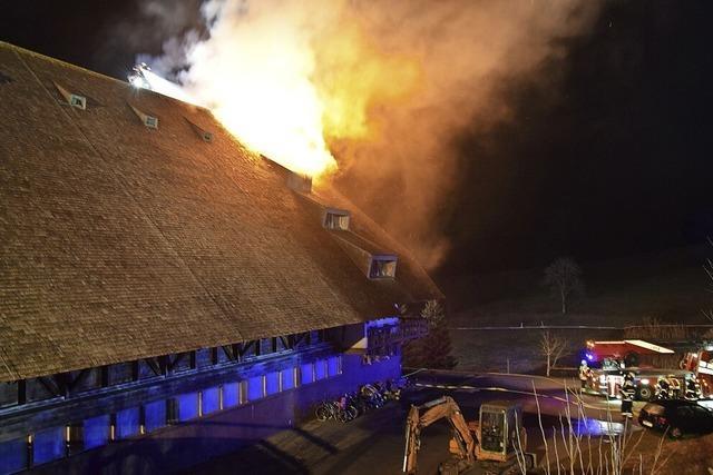 Bauernhof im Hochschwarzwald brennt