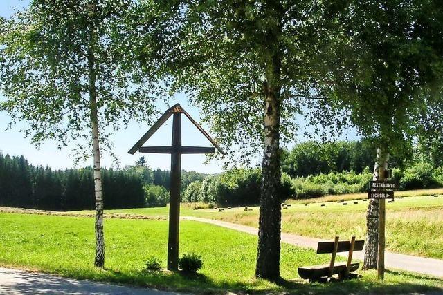 Von Degerfelden übers Krailoch nach Obereichsel und zurück ins Tal