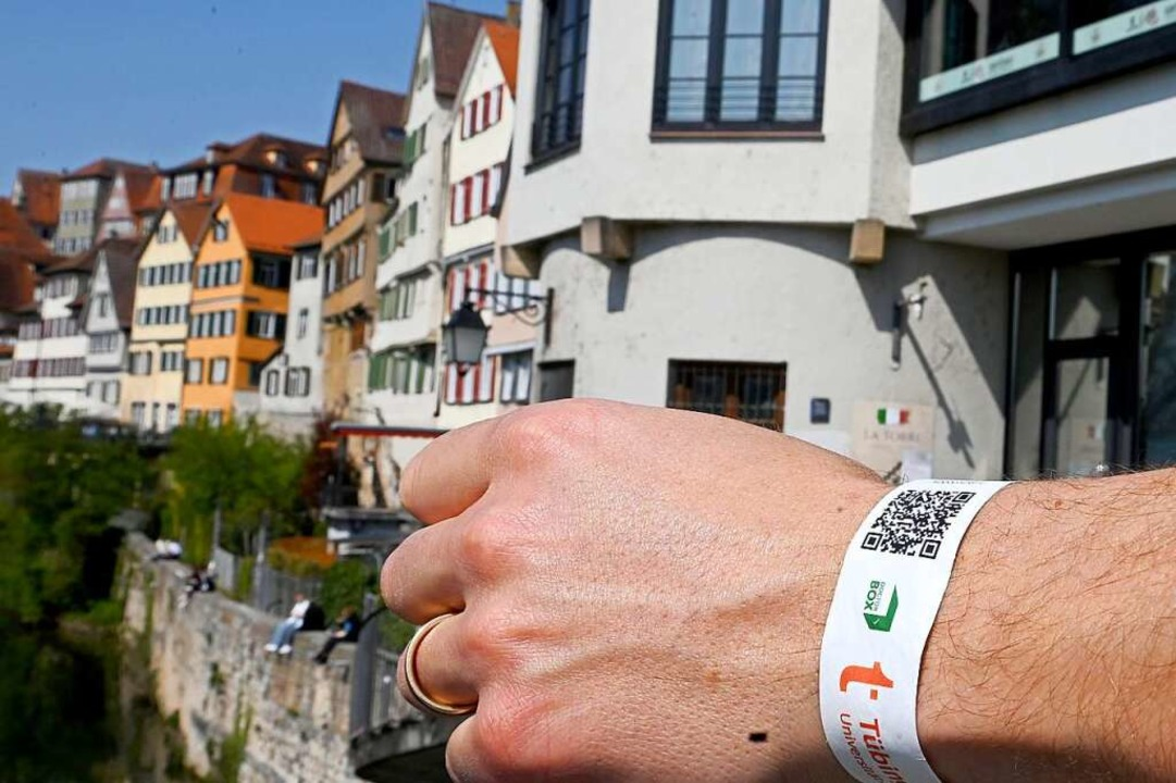 Kein Tagesticket mehr für Tübingen: Das Modellprojekt wird eingestellt.  | Foto: Bernd Weissbrod (dpa)