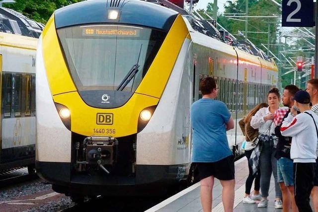 Bahn gibt 1. Klasse-Plätze trotz Corona und Gedränge nicht frei